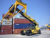 overheight frame for open cargo handling reach stacker